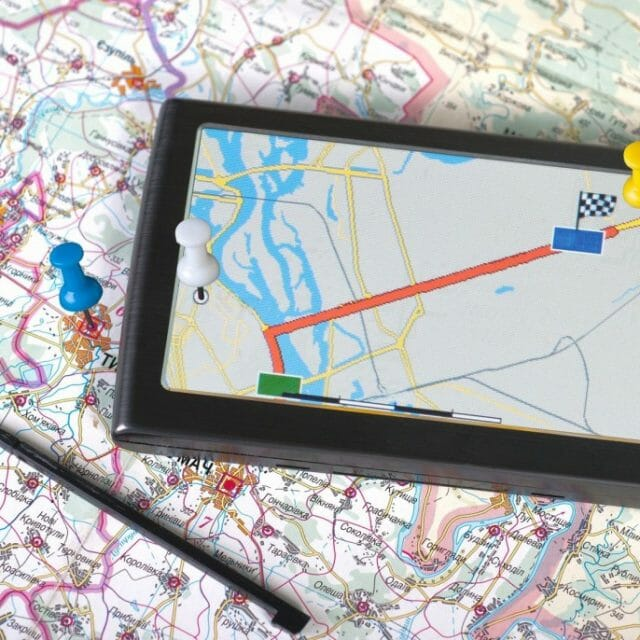 3 Reasons You Still Need a Road Map in Your Car